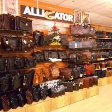 Бизнес сумки в магазине